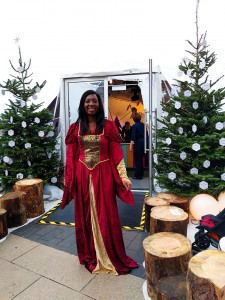 Wendy Shearer Storytelling at a family fun day - Southbank Centre Winter Festival